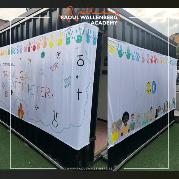 Bild på sidorna på kuben som Gränbyskolan har