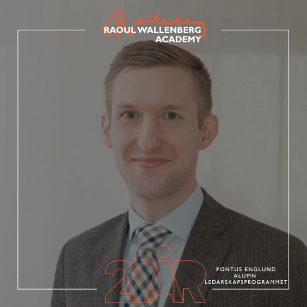 porträttbild på Pontus Englund med Raoul Wallenberg Academys logotyp på bilden